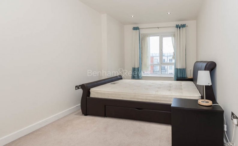 2 bedroom(s) flat to rent in Beaufort Park, Colindale, NW9-image 4