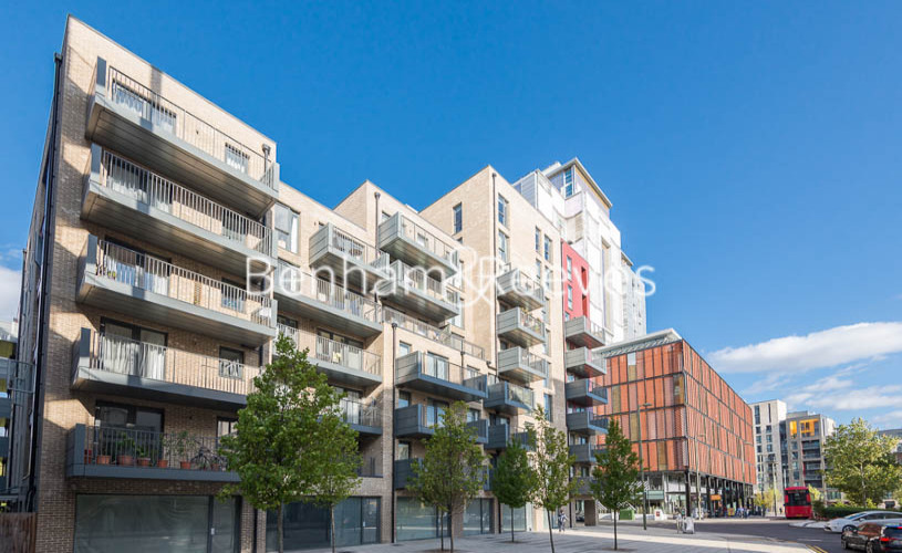 2 bedroom(s) flat to rent in Charcot Road, Colindale, NW9-image 8