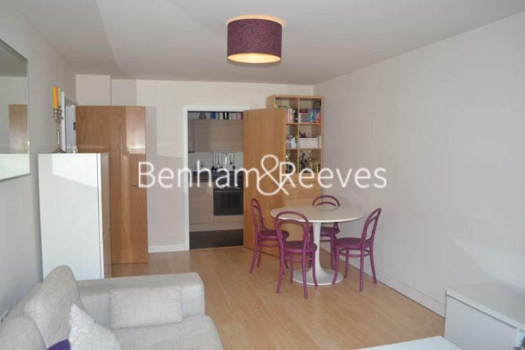 1 bedroom(s) flat to rent in Heritage Avenue, Colindale, NW9-image 6
