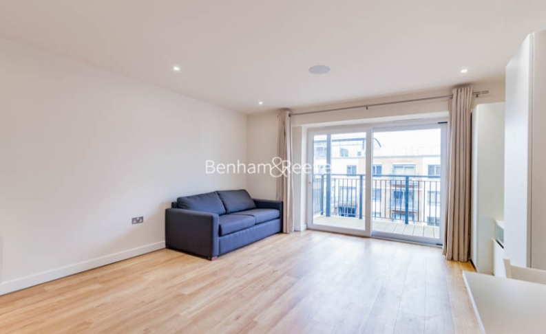 Studio flat to rent in Aerodrome Road, Colindale, NW9-image 5