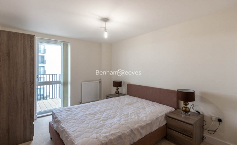 2 bedroom(s) flat to rent in Charcot Road, Colindale, NW9-image 3