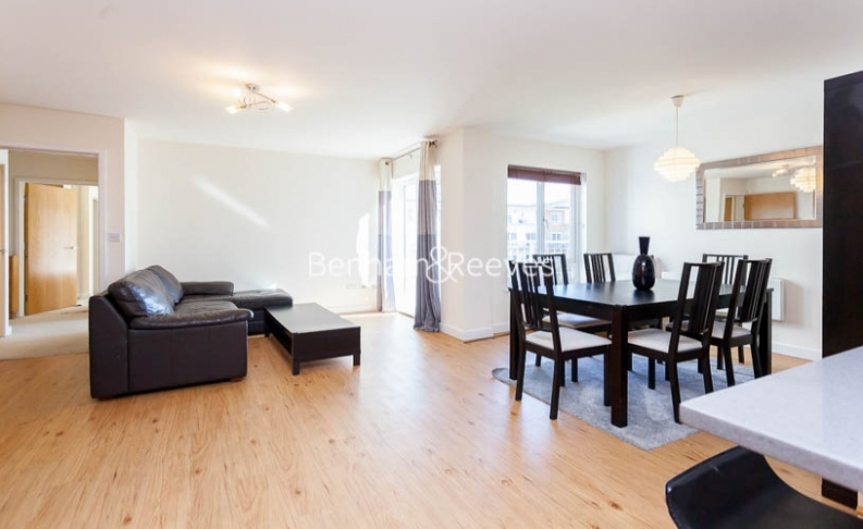 2 bedroom(s) flat to rent in Heritage Avenue, Colindale, NW9-image 12