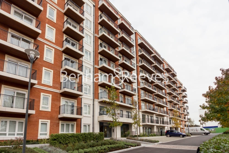2 bedroom(s) flat to rent in Beaufort Square, Colindale, NW9-image 12