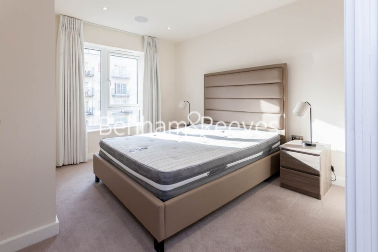 2 bedroom(s) flat to rent in Beaufort Square, Colindale, NW9-image 30