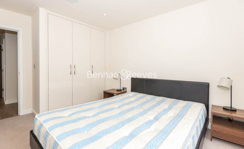 1 bedroom(s) flat to rent in Beaufort Square, Colindale, NW9-image 8