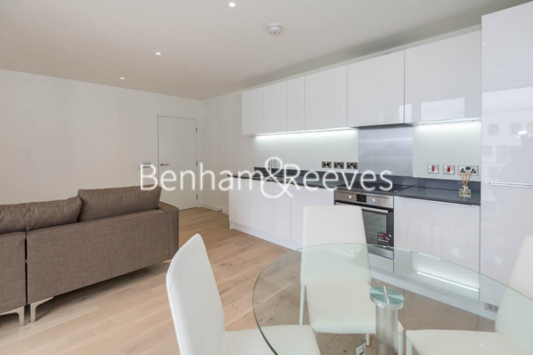 2 bedroom(s) flat to rent in Capitol Way, Colindale, NW9-image 2