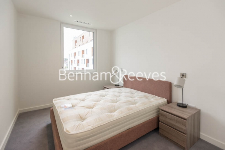 2 bedroom(s) flat to rent in Capitol Way, Colindale, NW9-image 3