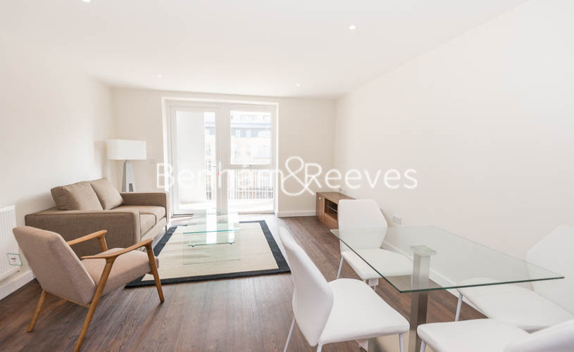 1 bedroom(s) flat to rent in Howard Road, Stanmore Place, HA7-image 3