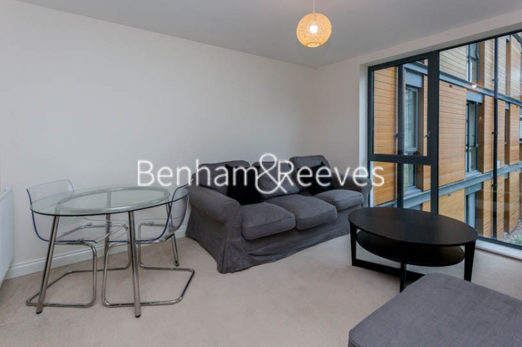 1 bedroom(s) flat to rent in Needleman Close, Colindale, NW9-image 7