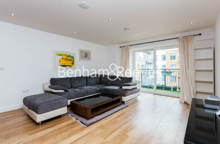 2 bedroom(s) flat to rent in Boulevard Drive, Colindale, NW9-image 10