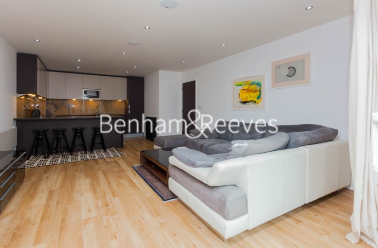 2 bedroom(s) flat to rent in Boulevard Drive, Colindale, NW9-image 12