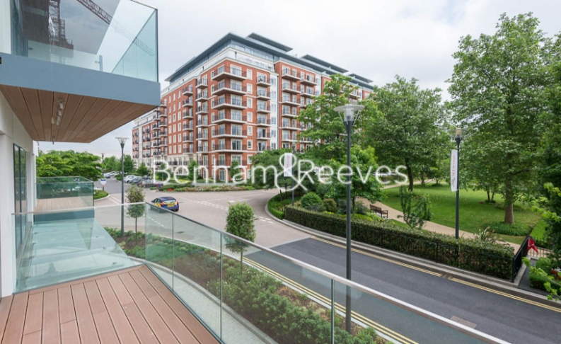 2 bedroom(s) flat to rent in Beaufort Square, Colindale, NW9-image 5