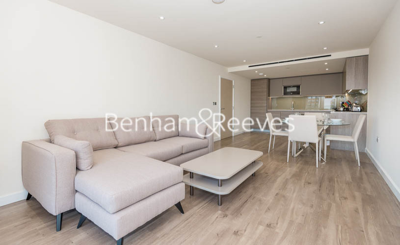 2 bedroom(s) flat to rent in Beaufort Square, Colindale, NW9-image 1