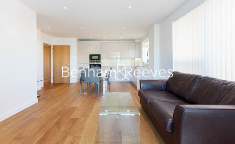 2 bedroom(s) flat to rent in Lismore Boulevard, Colindale, NW9-image 1