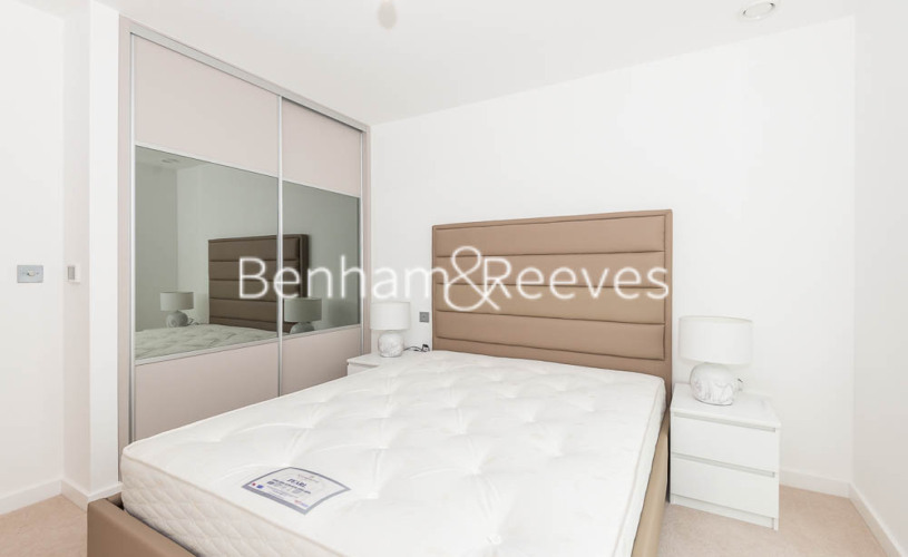 1 bedroom(s) flat to rent in Lismore Boulevard, Colindale, NW9-image 3