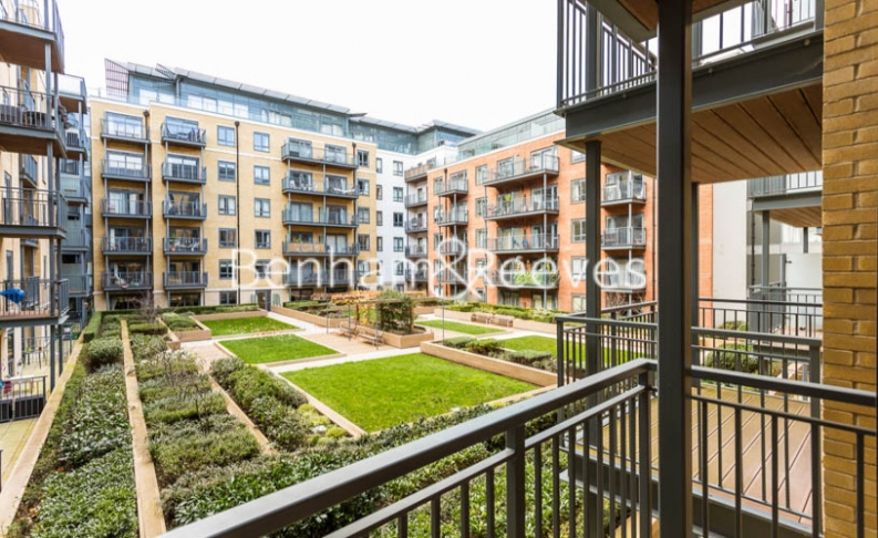 1 bedroom(s) flat to rent in Beaufort Square, Colindale, NW9-image 5