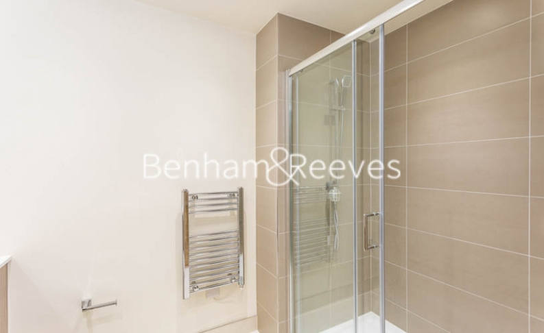 1 bedroom(s) flat to rent in Beaufort Square, Colindale, NW9-image 9