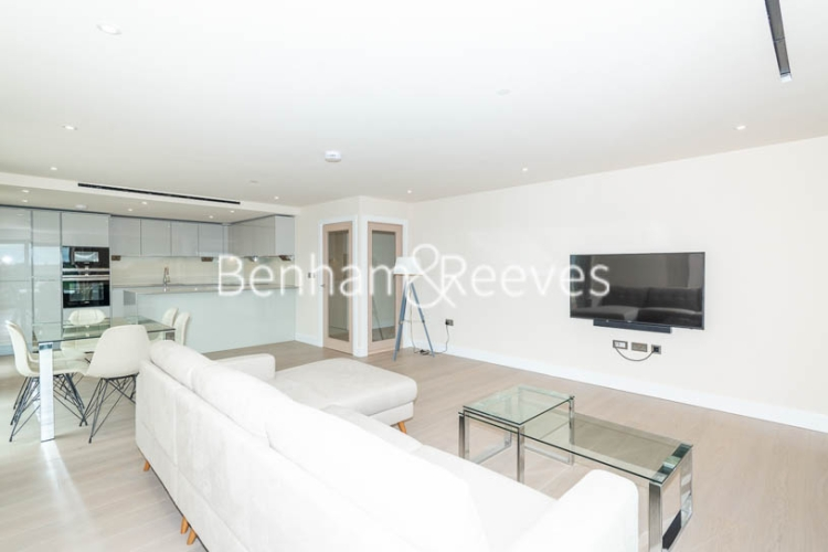 3 bedroom(s) flat to rent in Beaufort Square, Colindale, NW9-image 8