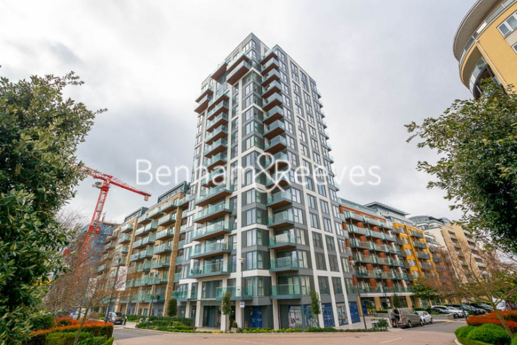 3 bedroom(s) flat to rent in Beaufort Square, Colindale, NW9-image 17