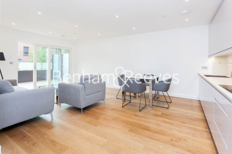 2 bedroom(s) flat to rent in Thonrey Close, Colindale, NW9-image 10
