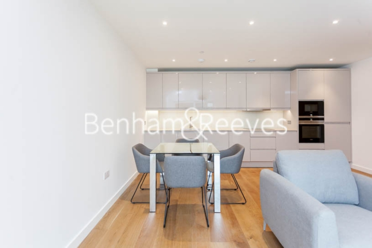 2 bedroom(s) flat to rent in Thonrey Close, Colindale, NW9-image 14