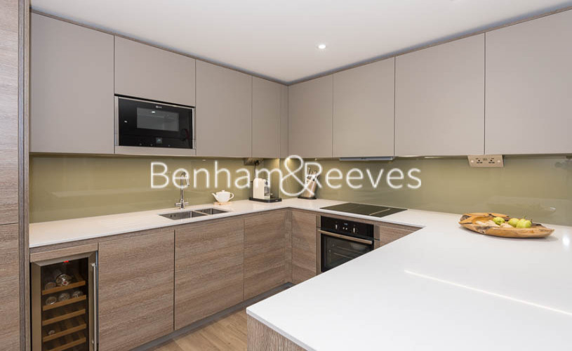 2 bedroom(s) flat to rent in Beaufort Square, Colindale, NW9-image 8