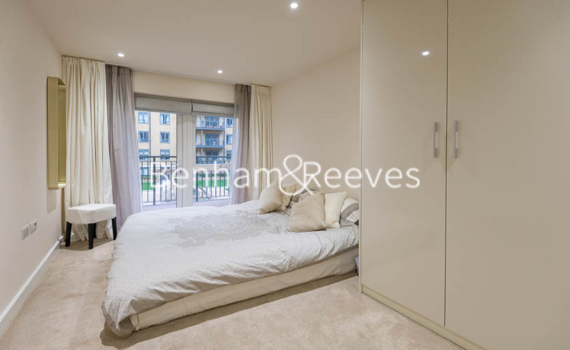 2 bedroom(s) flat to rent in Beaufort Square, Colindale, NW9-image 14