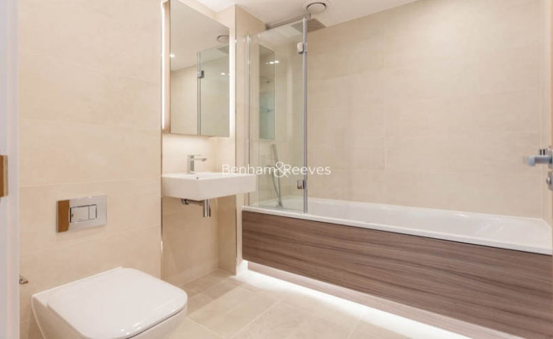 4 bedroom(s) flat to rent in Colindale Gardens, Colindale, NW9-image 9