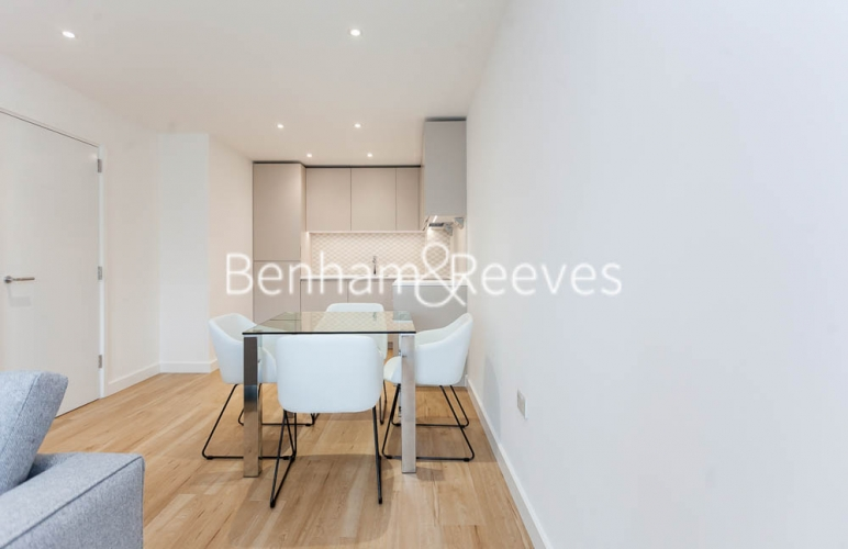 1 bedroom(s) flat to rent in Caversham Road, Colindale, NW9-image 8