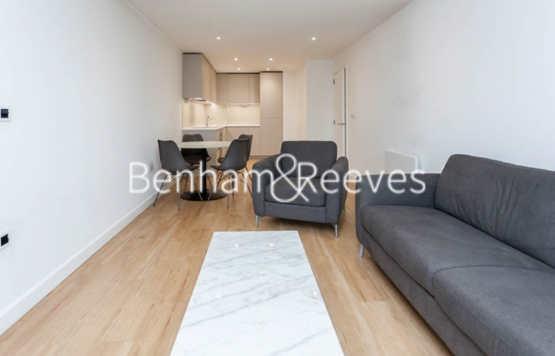 1 bedroom(s) flat to rent in Caversham Road, Colindale, NW9-image 5