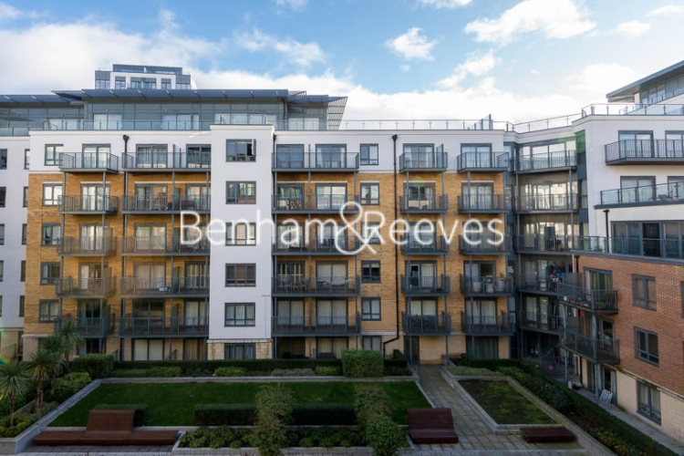 2 bedroom(s) flat to rent in Aerodrome Road, Colindale, NW9-image 12