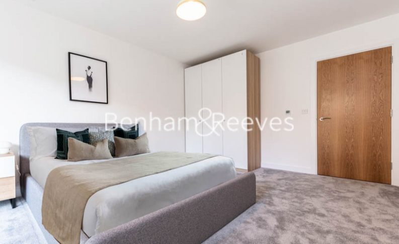 1 bedroom(s) flat to rent in Lismore Boulevard, Colindale, NW9-image 6