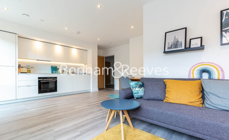 1 bedroom(s) flat to rent in Lismore Boulevard, Colindale, NW9-image 9