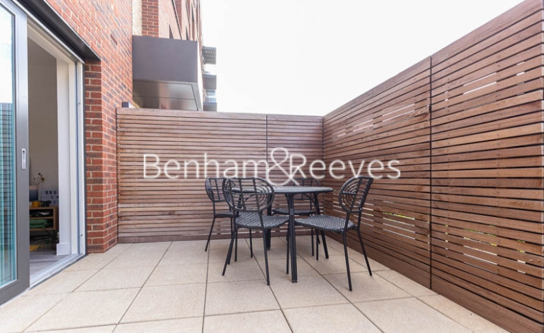1 bedroom(s) flat to rent in Lismore Boulevard, Colindale, NW9-image 10