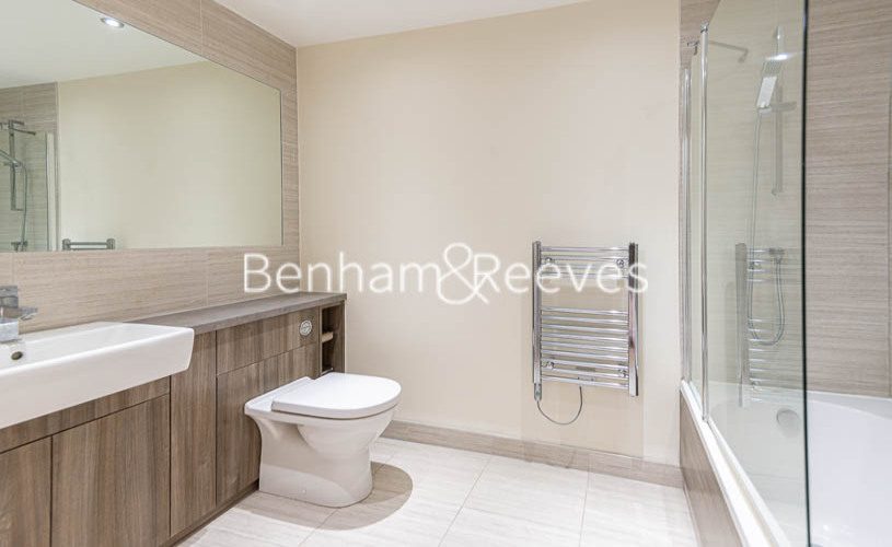 2 bedroom(s) flat to rent in Beaufort Park , Colindale NW9-image 6