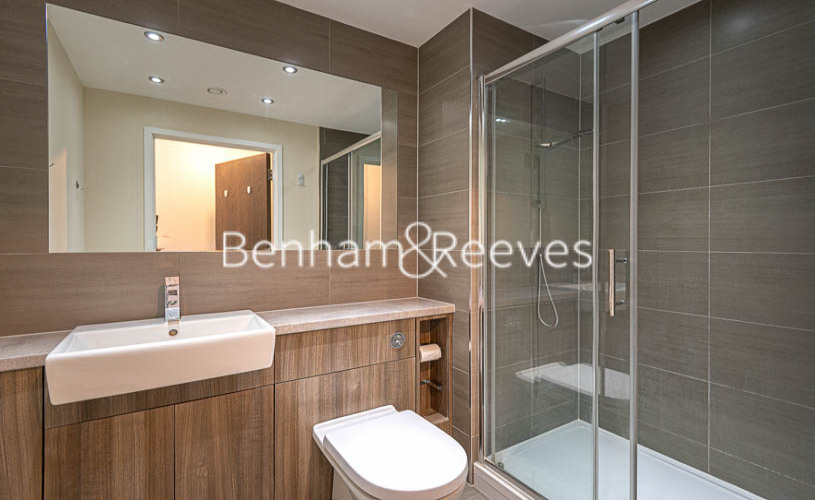 2 bedroom(s) flat to rent in Beaufort Park , Colindale NW9-image 8