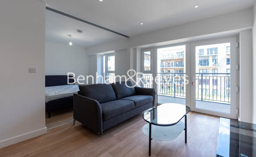 1 bedroom(s) flat to rent in Beaufort Square ,Colindale ,NW9-image 1