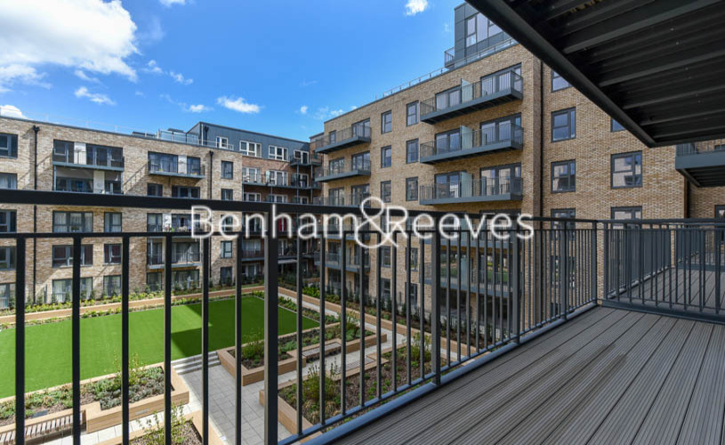 1 bedroom(s) flat to rent in Beaufort Square ,Colindale ,NW9-image 5