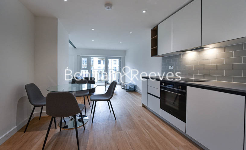 1 bedroom(s) flat to rent in Beaufort Square ,Colindale ,NW9-image 8