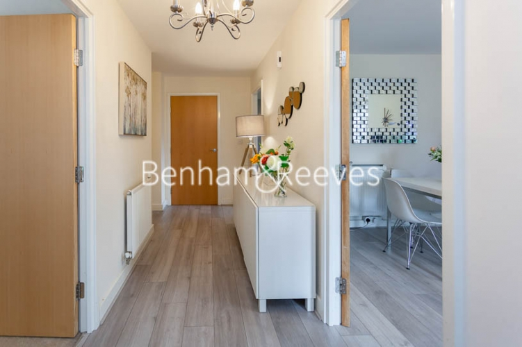 2 bedroom(s) flat to rent in Charcot Road, Colindale , NW9-image 6