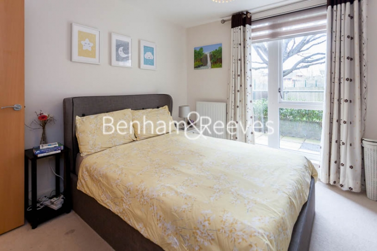 2 bedroom(s) flat to rent in Charcot Road, Colindale , NW9-image 9