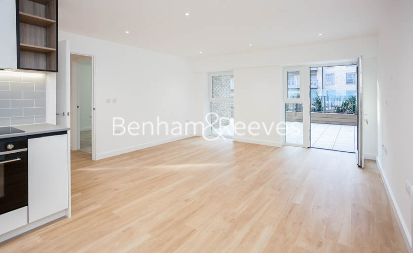 1 bedroom(s) flat to rent in Beaufort Square,Colindale NW9-image 1