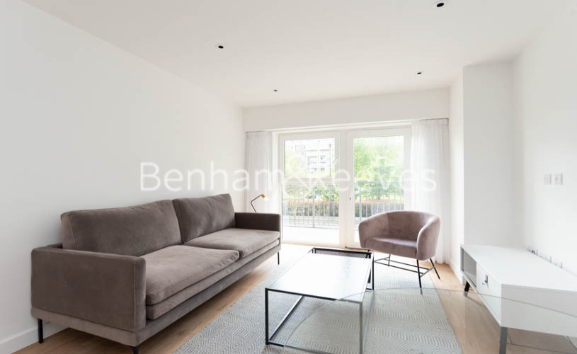1 bedroom(s) flat to rent in Beaufort Square , Colindale ,NW9-image 1