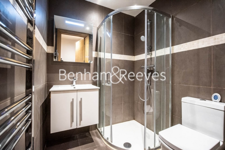 Studio flat to rent in Patton Studios, Colindale, NW9-image 3