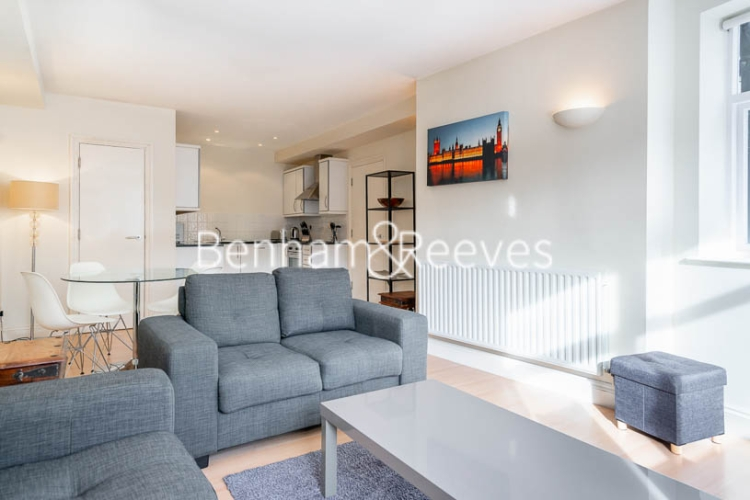 1 bedroom(s) flat to rent in West Smithfield, Farringdon, EC1-image 10
