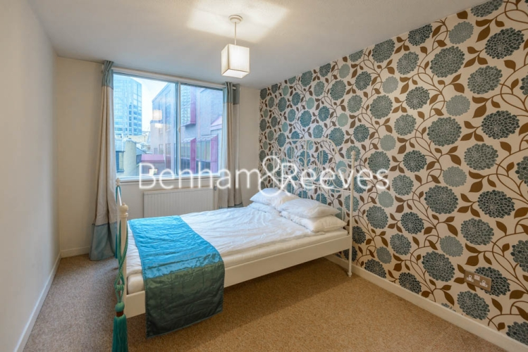 2 bedroom(s) flat to rent in Shire House, Lamb's Passage EC1-image 2
