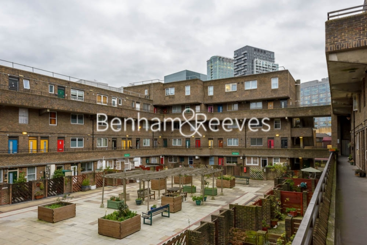 2 bedroom(s) flat to rent in Shire House, Lamb's Passage EC1-image 4