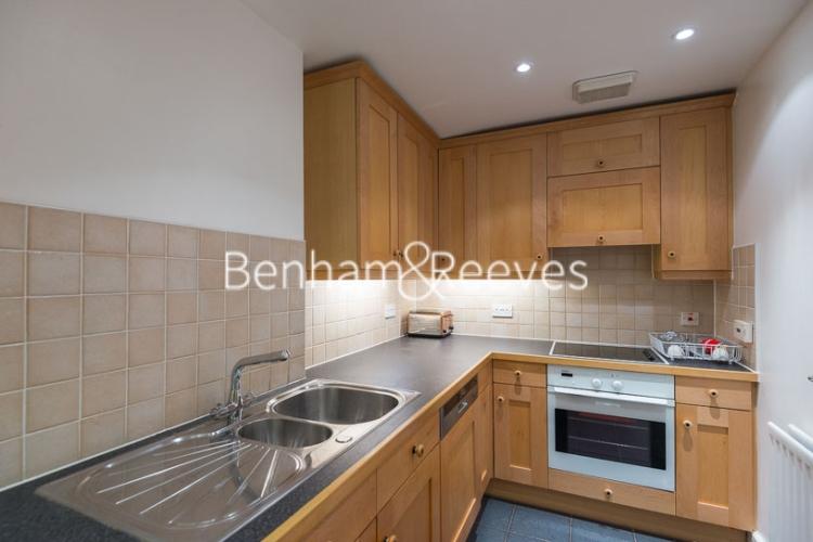 2 bedroom(s) flat to rent in Rosebery Avenue, Islington, EC1-image 2