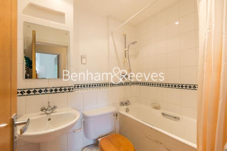 2 bedroom(s) flat to rent in Rosebery Avenue, Islington, EC1-image 4