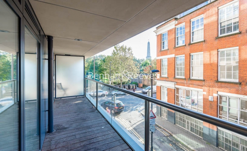 2 bedroom(s) flat to rent in Dance Square, City, EC1V-image 5